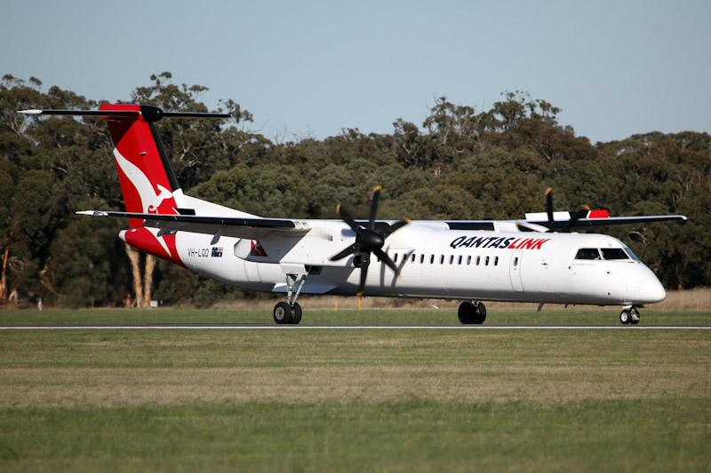 VH-LQD Bombardier DHC-8-402 Dash 8Q-400 (cn 4371) of QantasLink at RAAF Pearce Air Show - Sat 19 May 2012.