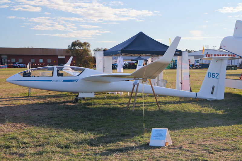 VH-DGZ Glaser-Dirks DG-1000S glider (cn 10-92S65) owned by Beverley Soaring Society Inc, Beverley, WA, at RAAF Pearce Air Show - Sun 20 May 2012. Photo © David Eyre