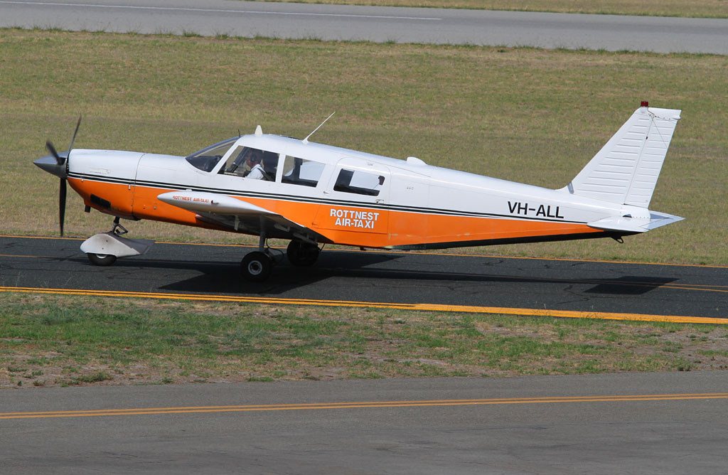 VH-ALL Piper PA-32-260 Cherokee Six (cn 32-3) of Rottnest Air-Taxi at Jandakot Airport - Tue 19 March 2013.