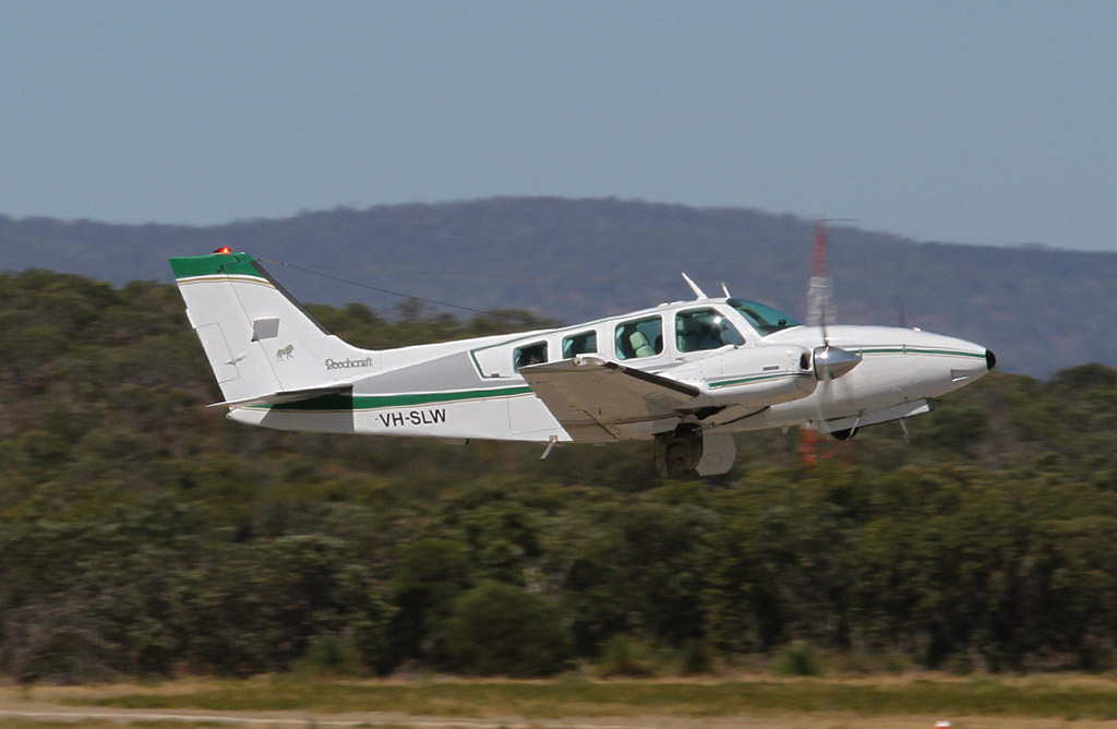VH-SLW Beech 58 Baron (cn TH-466) Paul Lyons Aviation at Jandakot Airport - Fri 22 March 2013.