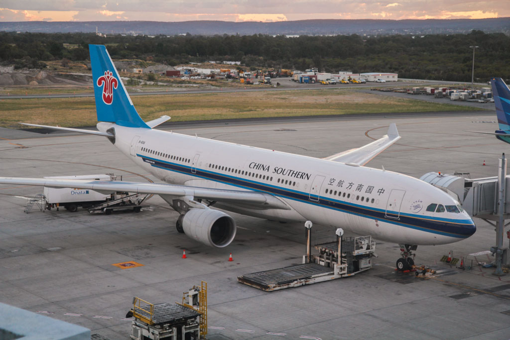B-6516 Airbus A330-223 (cn 1129) of China Southern Airlines at Perth Airport - Wed 3 April 2013.