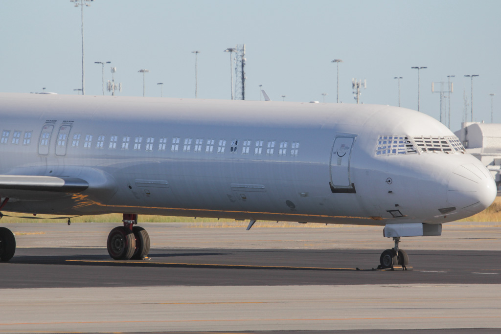 VH-FXF Fokker 100 (cn 11494) of Skywest Airlines at Perth Airport - Sat 2 March 2013.