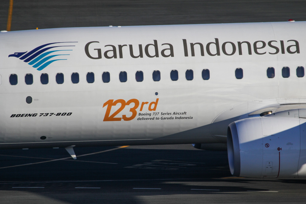 "PK-GFR Boeing 737-81D (cn 39417/3802) of Garuda Indonesia (leased from Ansett Worldwide), with ""123rd Boeing 737 Series Aircraft delivered to Garuda Indonesia"" titles - at Perth Airport - Fri 8 March 2013."