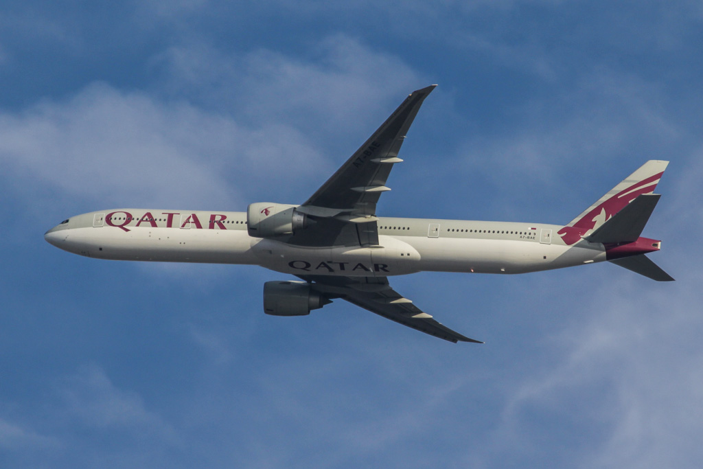 "A7-BAE Boeing 777-3DZ ER (cn 36104/769) of Qatar Airways, named ""Almas-Habia"" over northern suburbs of Perth - Fri 15 March 2013."