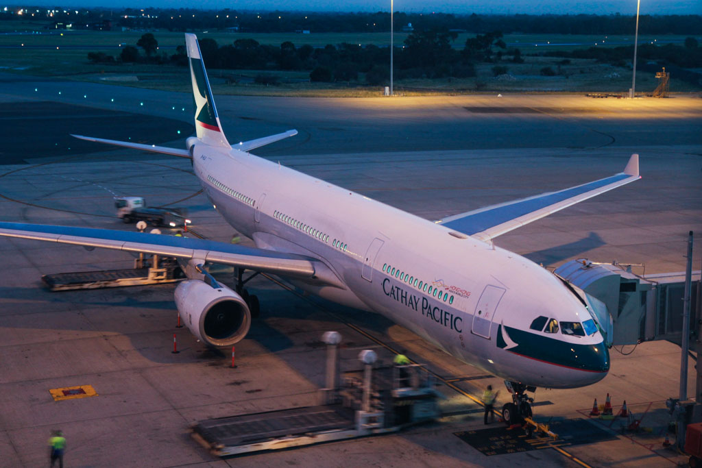 B-HLQ Airbus A330-343X (cn 420) of Cathay Pacific at Perth Airport - Fri 5 Apr 2013