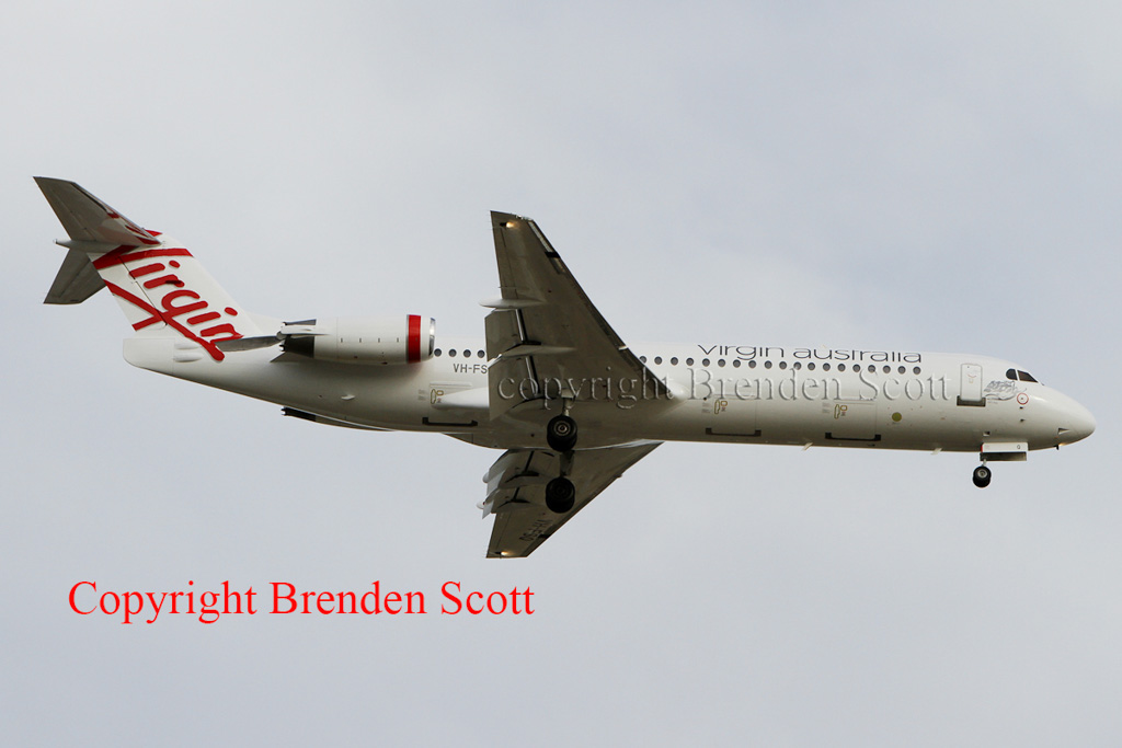 VH-FSQ Fokker 100 (cn 11450) of Skywest Airlines in Virgin Regional colours landing at Perth Airport on 10 April 2013.