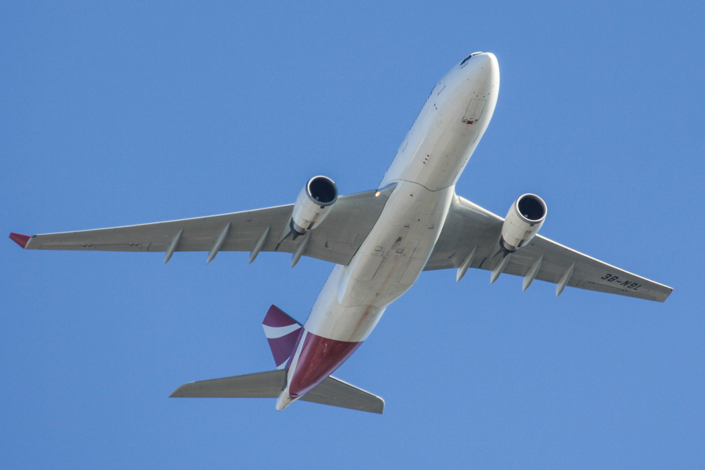 "3B-NBL Airbus A330-202 (cn 1057) of Air Mauritius, named ""Nénuphar"" over northern suburbs of Perth – Sun 28 April 2013."
