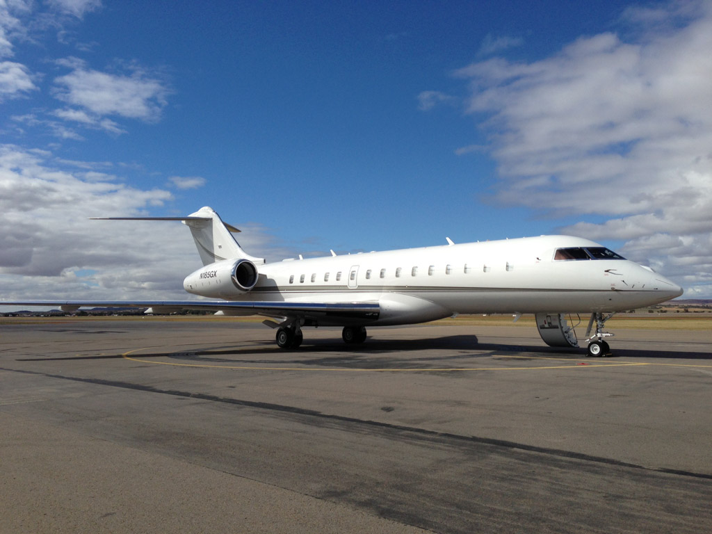 N185GX Bombardier BD-700-1A10 Global Express XRS (cn 9185) of AVWest at Geraldton Airport – Sat 11 May 2013