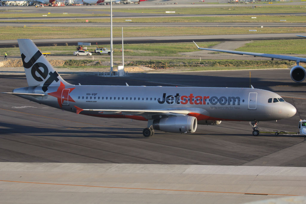 VH-VQF Airbus A320-232 (cn 3474) of Jetstar at Perth Airport – Fri 24 May 2013