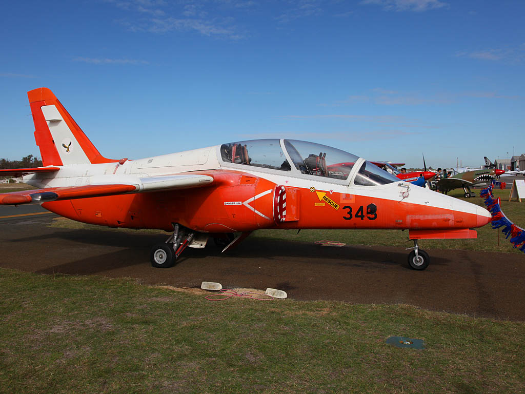 345/VH-CJU SIAI-Marchetti S-211 (cn 037/02-026)of Royston Ferris/IAP Group at Jandakot Airport – Sun 26 May 2013 – ACFT Open Day
