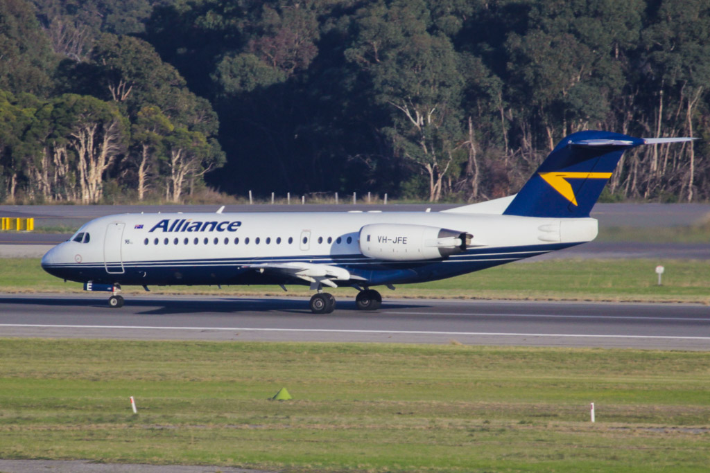 VH-JFE Fokker 70 (cn 11545) of Alliance Airlines – in hybrid livery – at Perth Airport – Wed 19 June 2013.