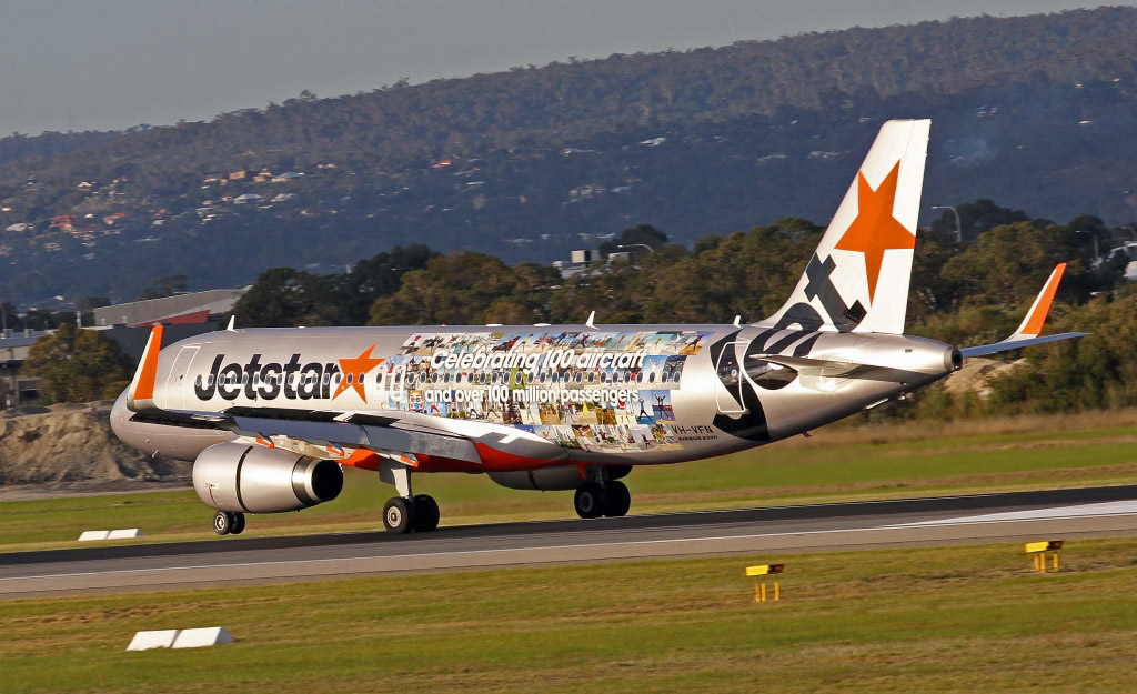 """VH-VFN Airbus A320-232 (cn 5566) of Jetstar (leased from BOC Aviation Corp) – special """"Celebrating 100 aircraft and over 100 million passengers"""" logo at Perth – Sat 22 June 2013"""