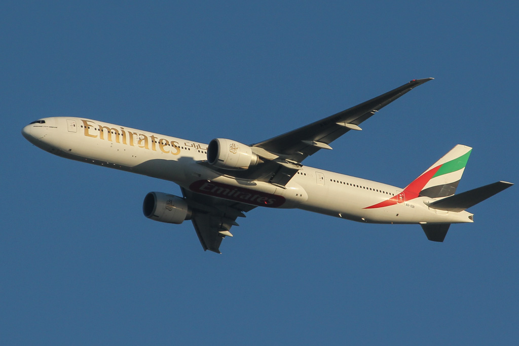 A6-EBI Boeing 777-31H ER (MSN 32785/540) of Emirates, leased from GECAS, over the northern suburbs of Perth - Wed 21 August 2013.