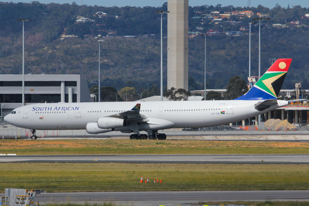 ZS-SXE Airbus A340-313X (MSN 646) of South African Airways at Perth Airport – Sat 24 August 2013.
