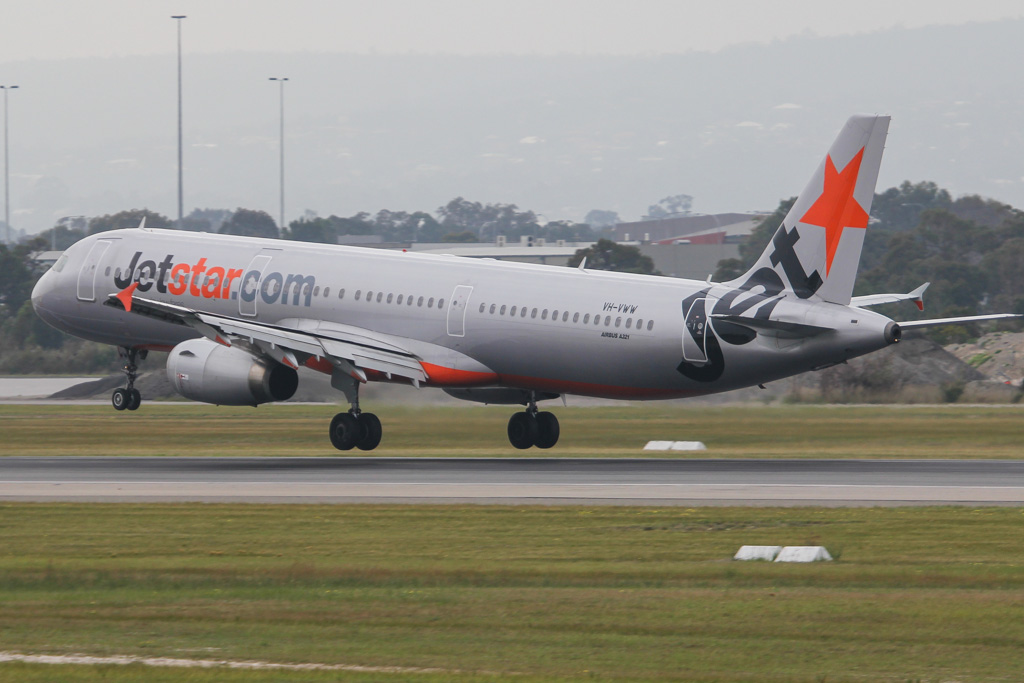 VH-VWW Airbus A321-231 (MSN 3916) of Jetstar Airways (leased from CIT Aerospace) at Perth Airport – Mon 2 September 2013.