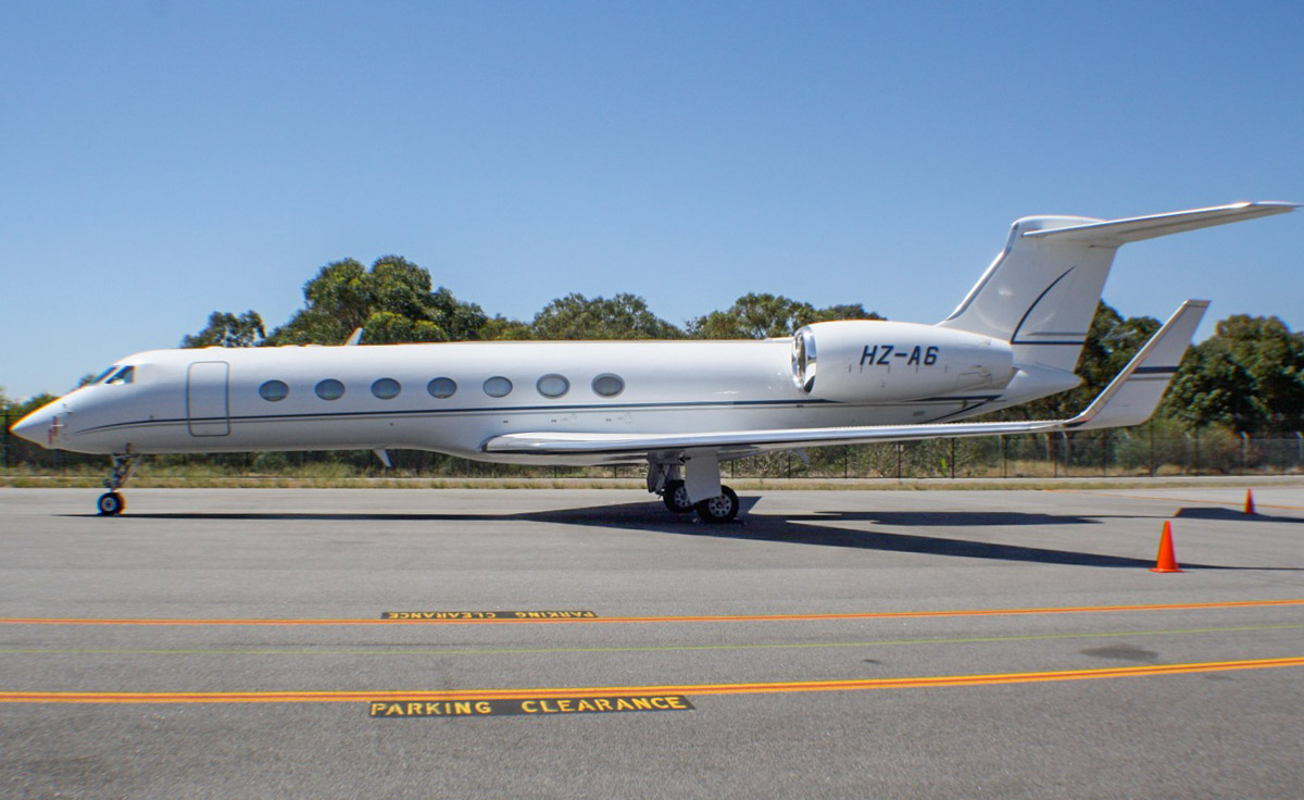 HZ-A6 Gulfstream Aerospace G550 (GV-SP) (MSN 5038) (unknown owner) at Perth Airport - Wed 30 October 2013.
