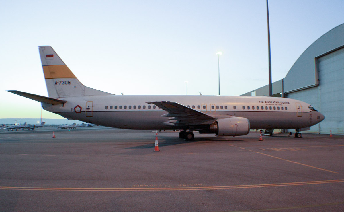 A-7305 Boeing 737-4U3 (MSN 25714/2535) of the Indonesia Air Force (TNI-AU) at Perth Airport - Tue 12 November 2013.