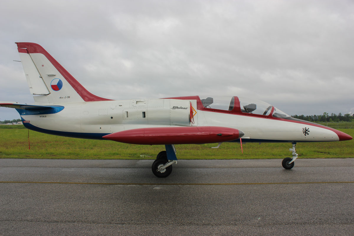 Aero l 39c albatros jet trainer to be based at jandakot for jet experience flights