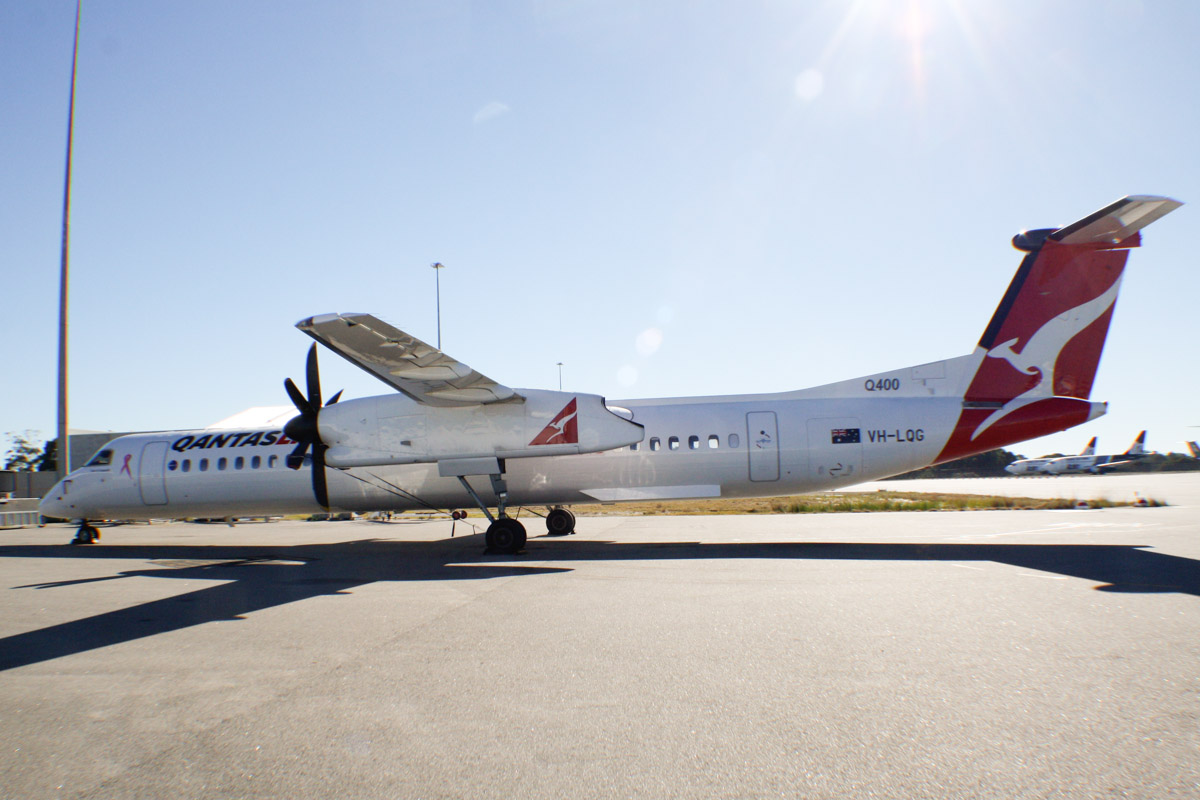"""VH-LQG Bombardier DHC-8-402NG Dash 8 Q400 (MSN 4376) of QantasLink (leased from Sunstate Airlines), named """"Town of Exmouth"""", at Perth Airport - Sun 30 June 2013."""