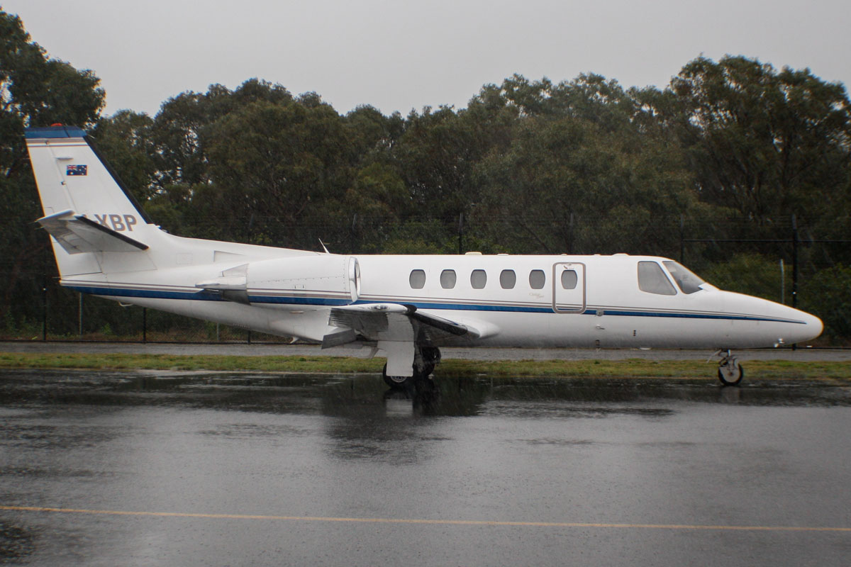 VH-XBP Cessna 550 Citation Bravo (MSN 550-0810) of Maxem Aviation (leased from FMR Investments Pty Ltd) at Perth Airport - Thu 8 August 2013.