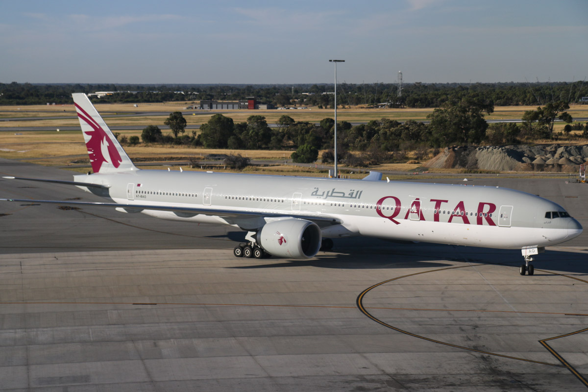 A7-BAO Boeing 777-3DZER (MSN 36011/750) of Qatar Airways (leased from Al Qaraien Leasing) at Perth Airport, Thu 12 December 2013
