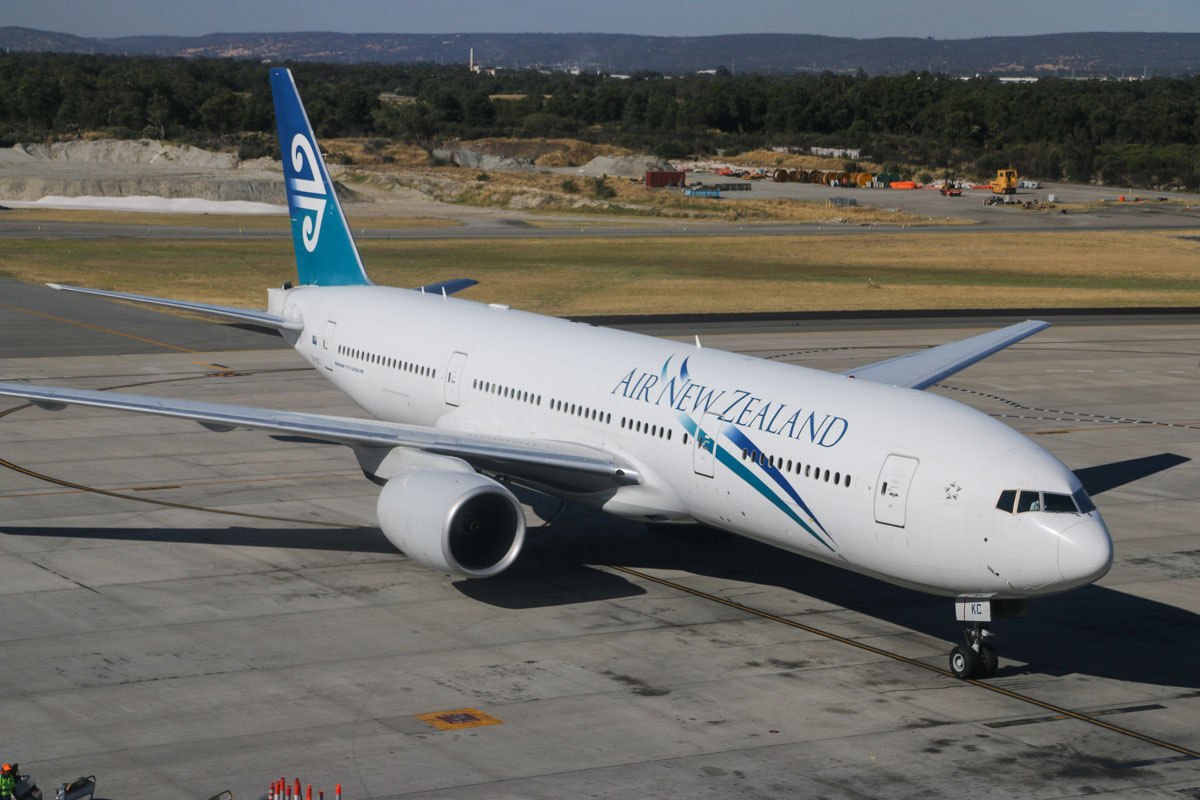 ZK-OKC Boeing 777-219ER (MSN 34377/546) of Air New Zealand at Perth Airport - Thu 12 December 2013.