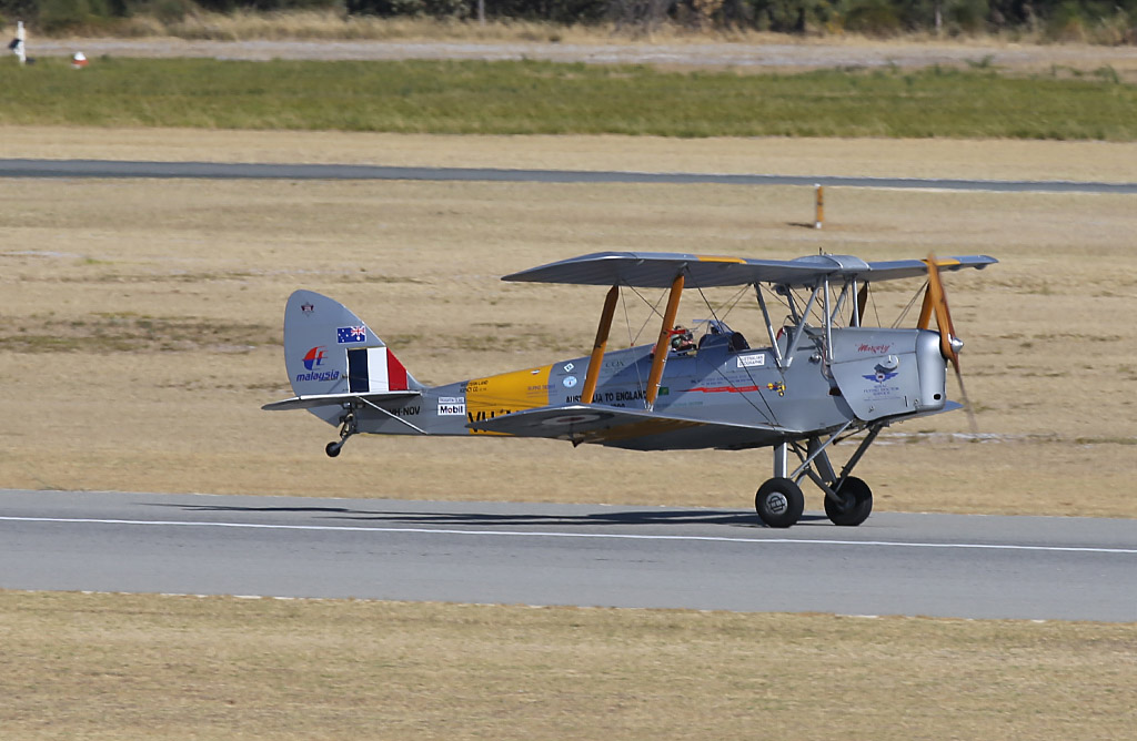 VH-NOV De Havilland DH-82A Tiger Moth (MSN DHA1088) of Barry Markham at Jandakot Airport – Sun 26 January 2014. Photo © Keith Anderson