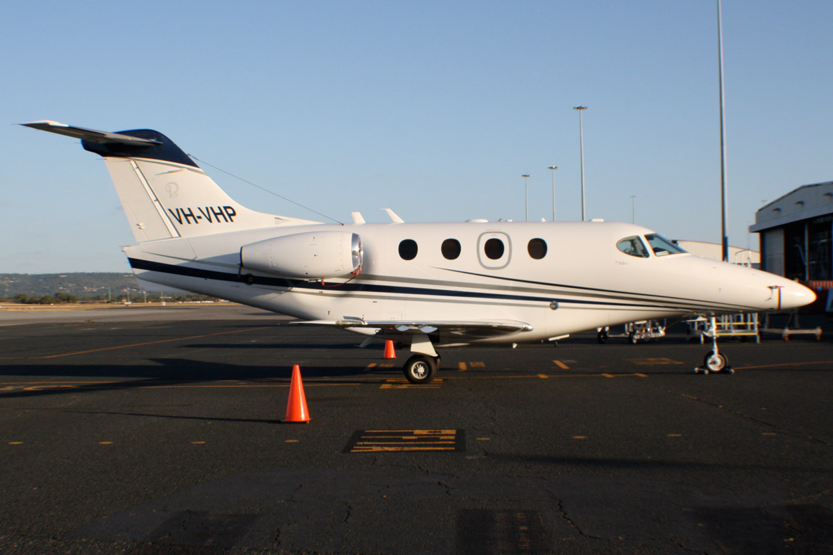 VH-VHP Beech 390 Premier 1A (MSN RB-175) owned by at Perth Airport - Tue 21 January 2014. Photo © Wilson
