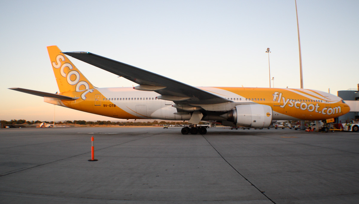 "9V-OTB Boeing 777-212ER (MSN 28508/83) of Scoot, named ""Big Yella Fella"" – at Perth Airport - Sun 26 January 2014. Photo © Wilson"