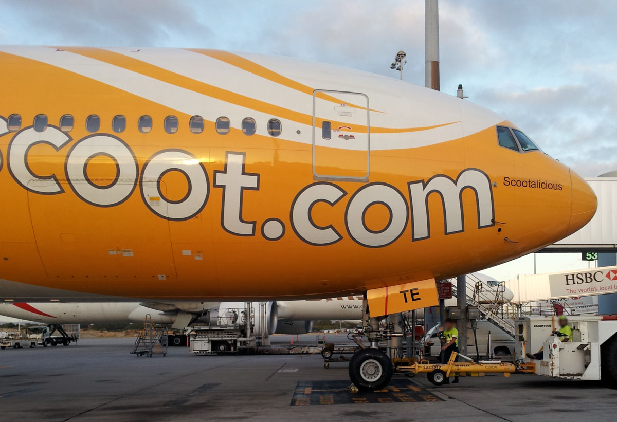 "9V-OTE Boeing 777-212ER (MSN 28519/237) of Scoot, named ""Scootalicious"", at Perth Airport – Mon 27 January 2014. Photo © Wilson"