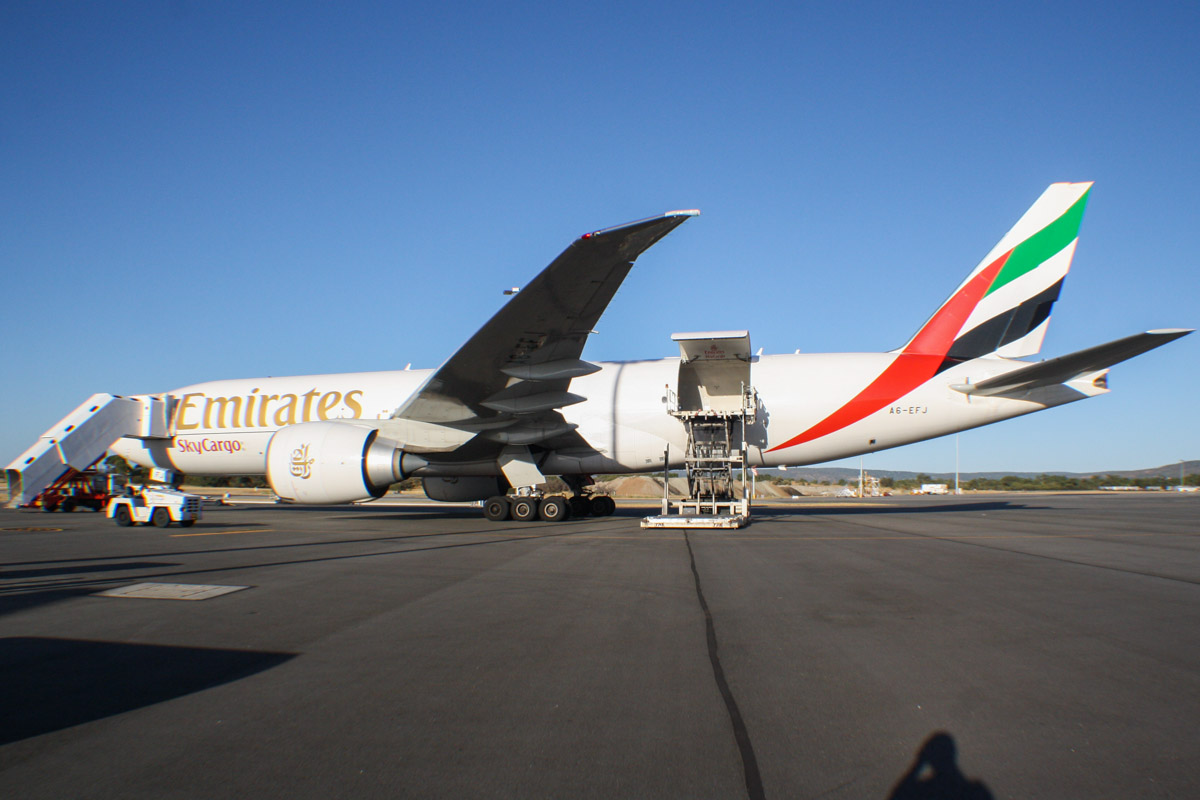 A6-EFJ Boeing 777-F1H (MSN 35610/1065) of Emirates SkyCargo (leased from DAE Capital), at Perth Airport – Tue 28 January 2014. Photo © Wilson