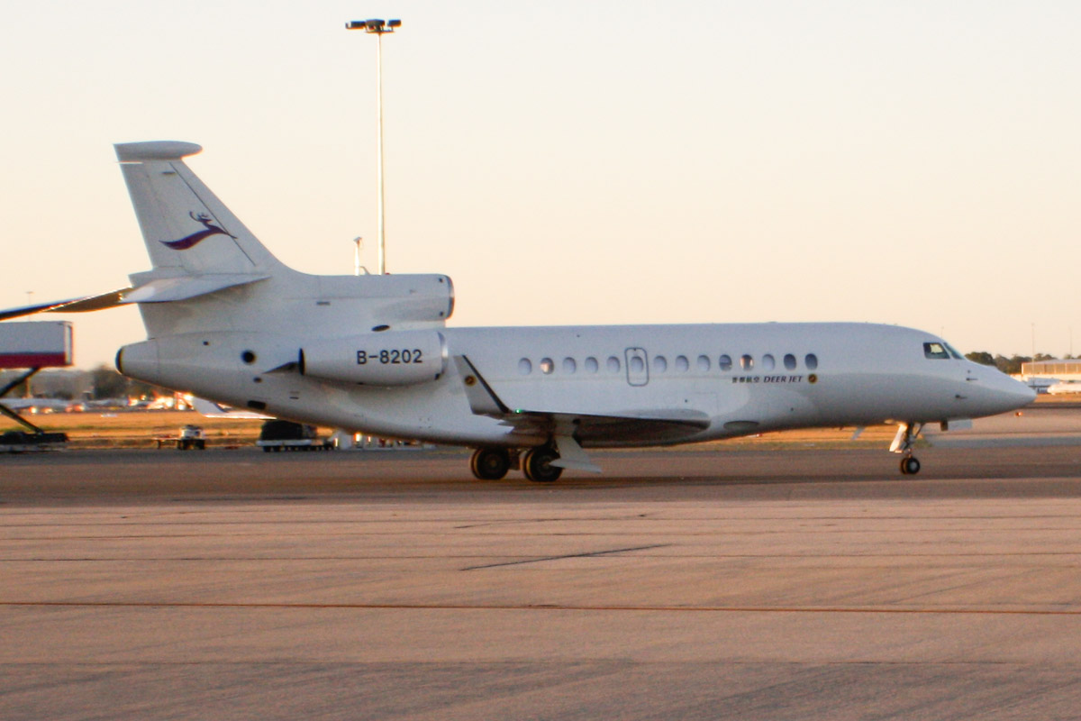 B-8202 Dassault Falcon 7X (MSN 159) of Deer Jet at Perth Airport - Tue 28 January 2014. Photo © Wilson