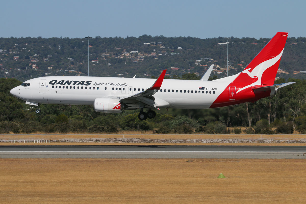 "VH-XZG Boeing 737-838 (MSN 39371/4477) of Qantas, named ""Bungendore"" at Perth Airport – Mon 3 February 2014. Photo © David Eyre"