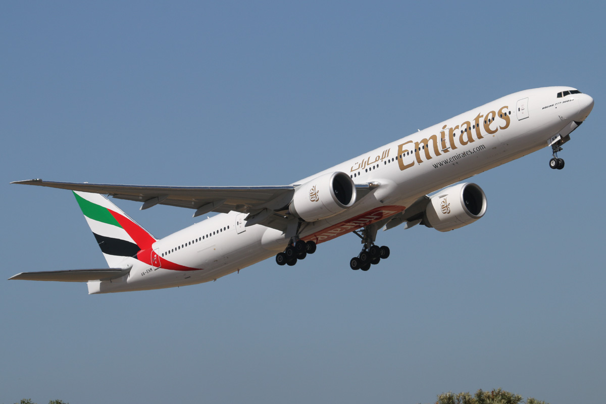 A6-ENM Boeing 777-31HER (MSN 41359/1168) of Emirates at Perth Airport - Wed 5 February 2014. Photo © David Eyre
