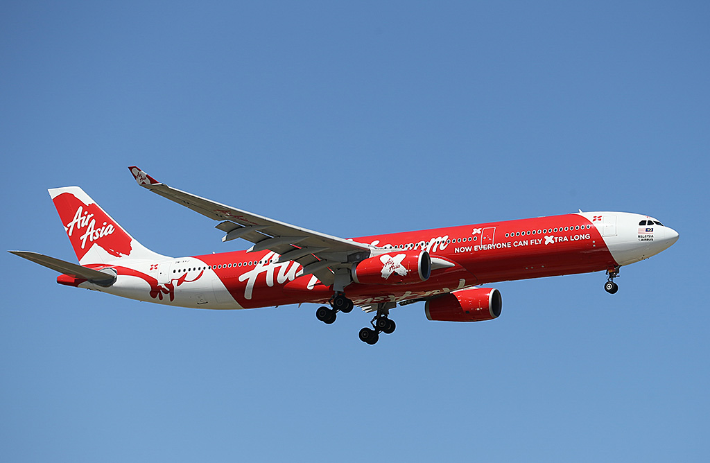 9M-XXJ Airbus A330-343X (MSN 1423) of AirAsia X at Perth Airport – Sun 9 February 2014. Photo © Keith Anderson