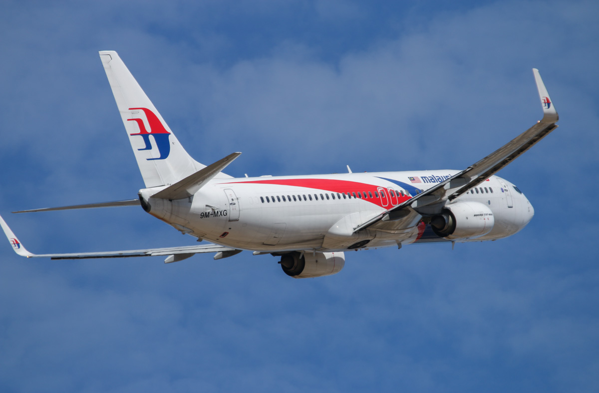 9M-MXG Boeing 737-8H6 (MSN 40134/3873) of Malaysia Airlines, at Perth Airport – Wed 12 February 2014. Photo © David Eyre