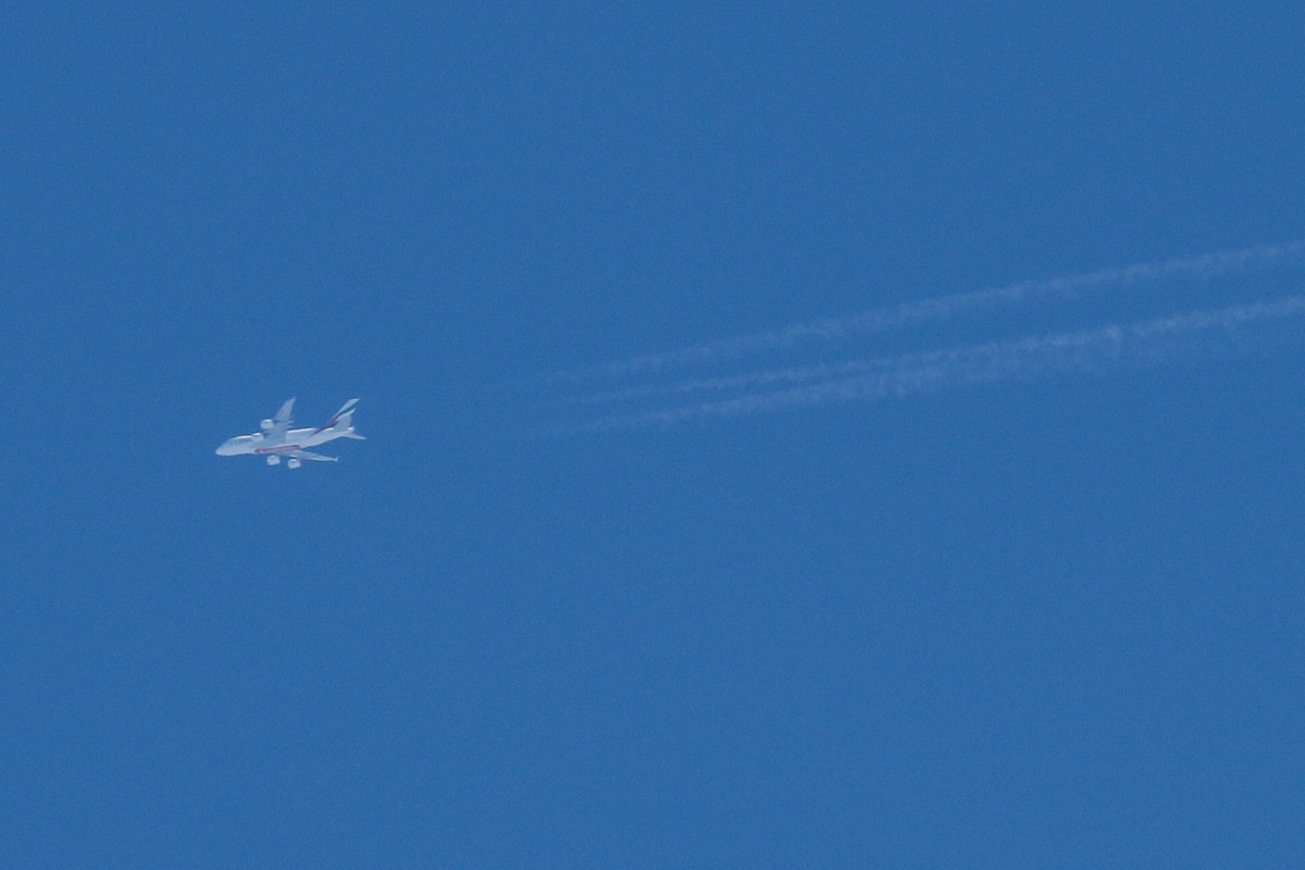 A6-EEO Airbus A380-861 (MSN 136) of Emirates, flying at 39,000 feet over Canning Vale, Perth - Sat 15 February 2014. Photo © David Eyre
