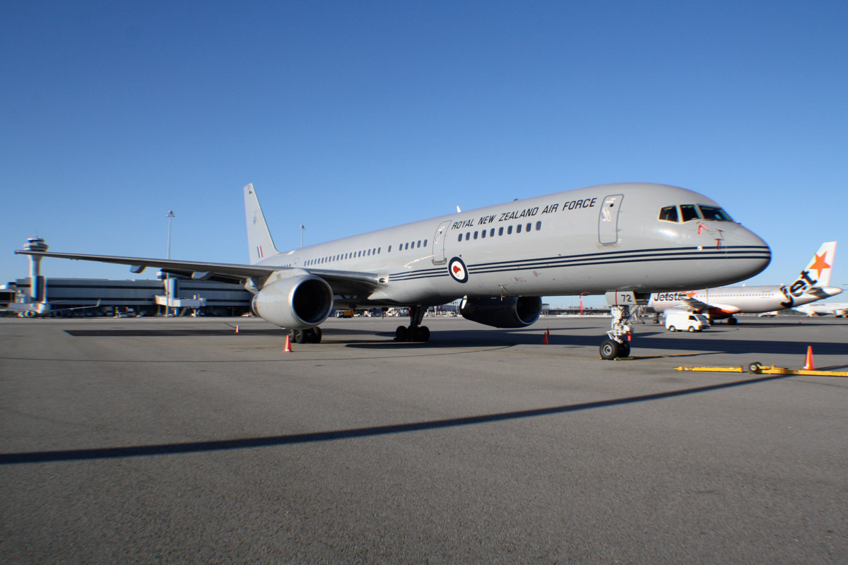 NZ7572 Boeing 757-2K2 (MSN 26634/545) of 40 Squadron, Royal New Zealand Air Force, based at RNZAF Base Auckland, Whenuapai, New Zealand, at Perth Airport – Sat 15 February 2014. Photo © Wilson