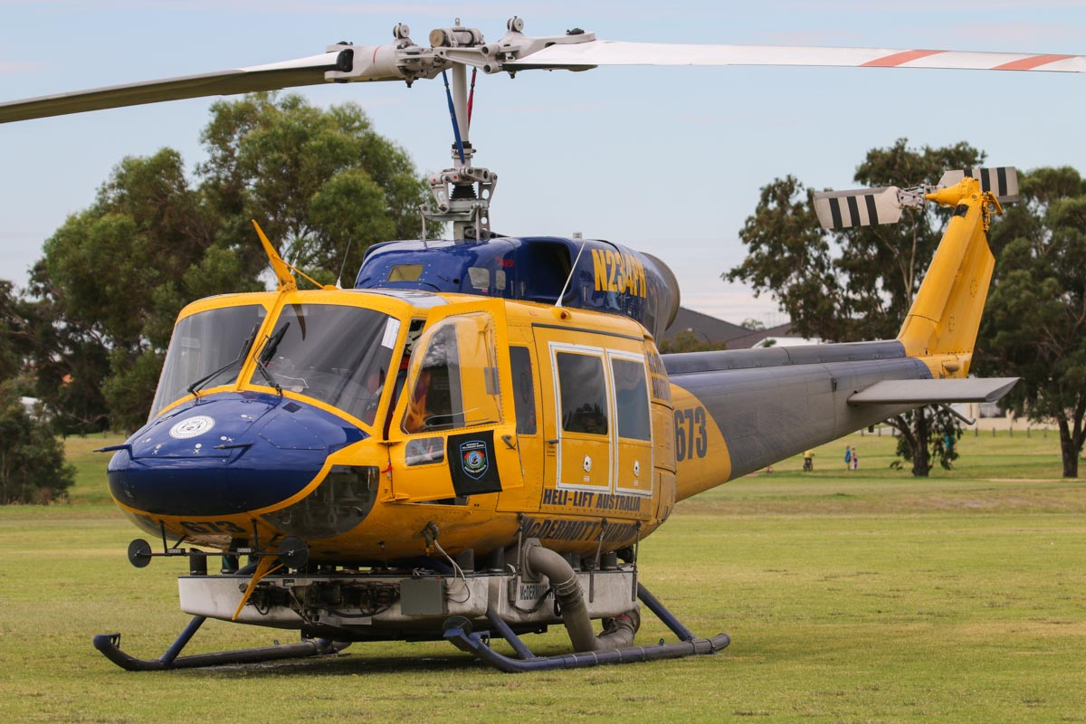 N234PH / HELITAK673 Bell 214B-1 Big Lifter (MSN 28050) of McDermott Aviation, operated for the WA Department of Fire and Emergency Services, at Warradale Park, Landsdale – Sun 16 February 2014. Photo © David Eyre