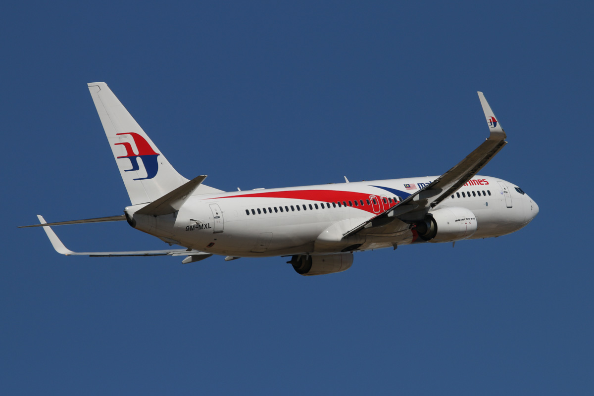 9M-MXL Boeing 737-8H6 (MSN 40139/4246) of Malaysia Airlines, at Perth Airport – Wed 19 February 2014. Photo © David Eyre