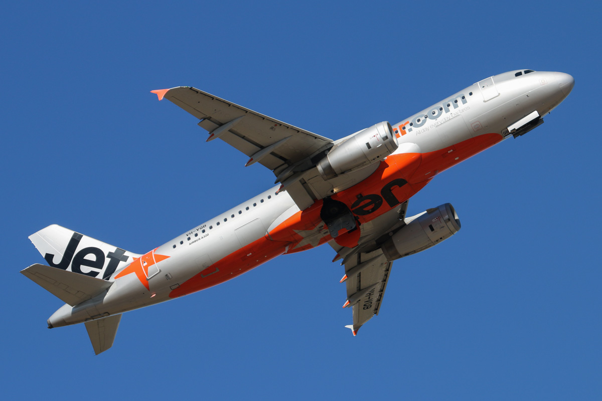 VH-VQB Airbus A320-232 (MSN 3743) of Jetstar, at Perth Airport – Wed 19 February 2014. Photo © David Eyre