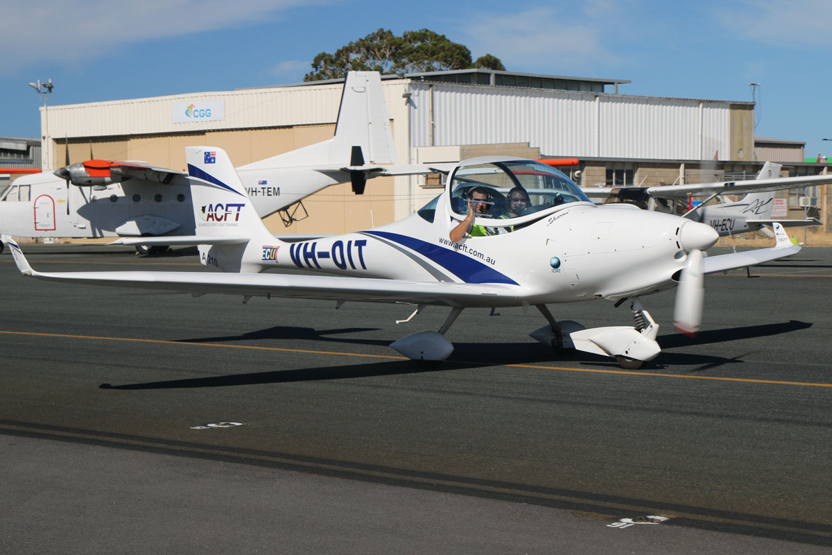 "VH-OIT Aquila Aviation AT01-211 (A210) (MSN AT01-252) owned by Advanced Cockpit Flight Training (ACFT) (Aerospace Operations Australia Pty Ltd), named ""Sharon"" at Jandakot Airport – Sat 22 February 2014. Photo © David Eyre"
