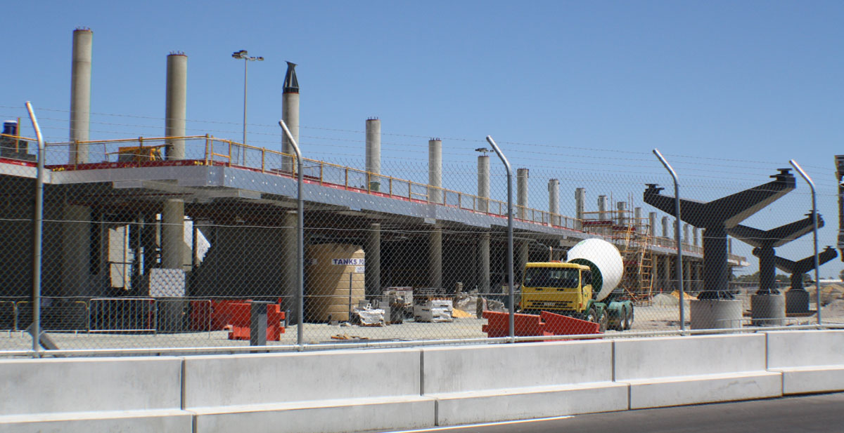 Domestic Pier construction at Terminal 1, Perth Airport - Wed 19 February 2014. Photo © Wilson