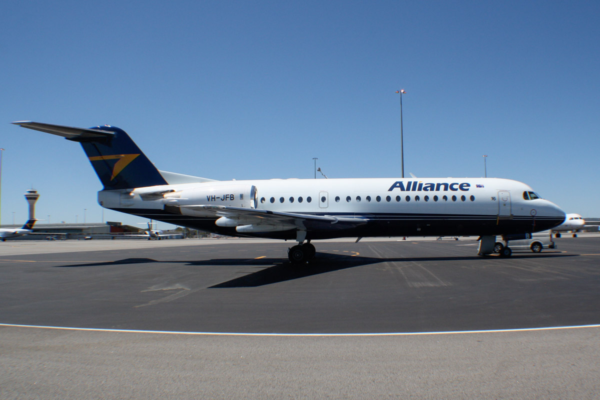 VH-JFB Fokker 70 (MSN 11521) of Alliance Airlines, at Perth Airport – Wed 19 February 2014. Photo © Wilson