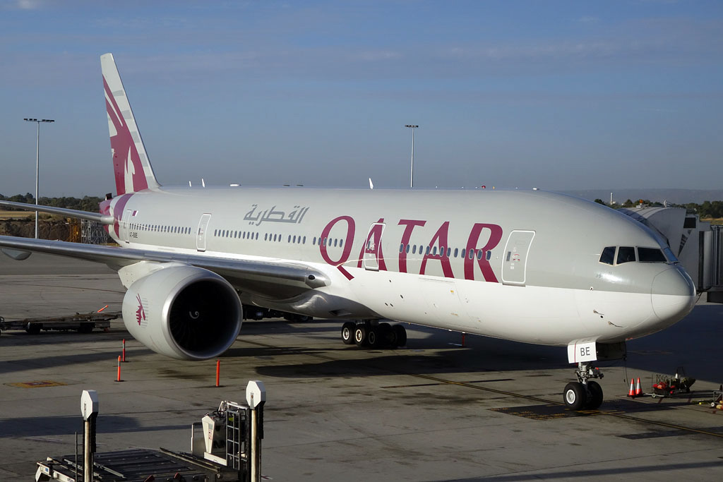 "A7-BBE Boeing 777-2DZ LR (MSN 36017/837) of Qatar Airways, named ""Al-Khor"", at Perth Airport - Mon 3 March 2014. Photo © Ian Moy"