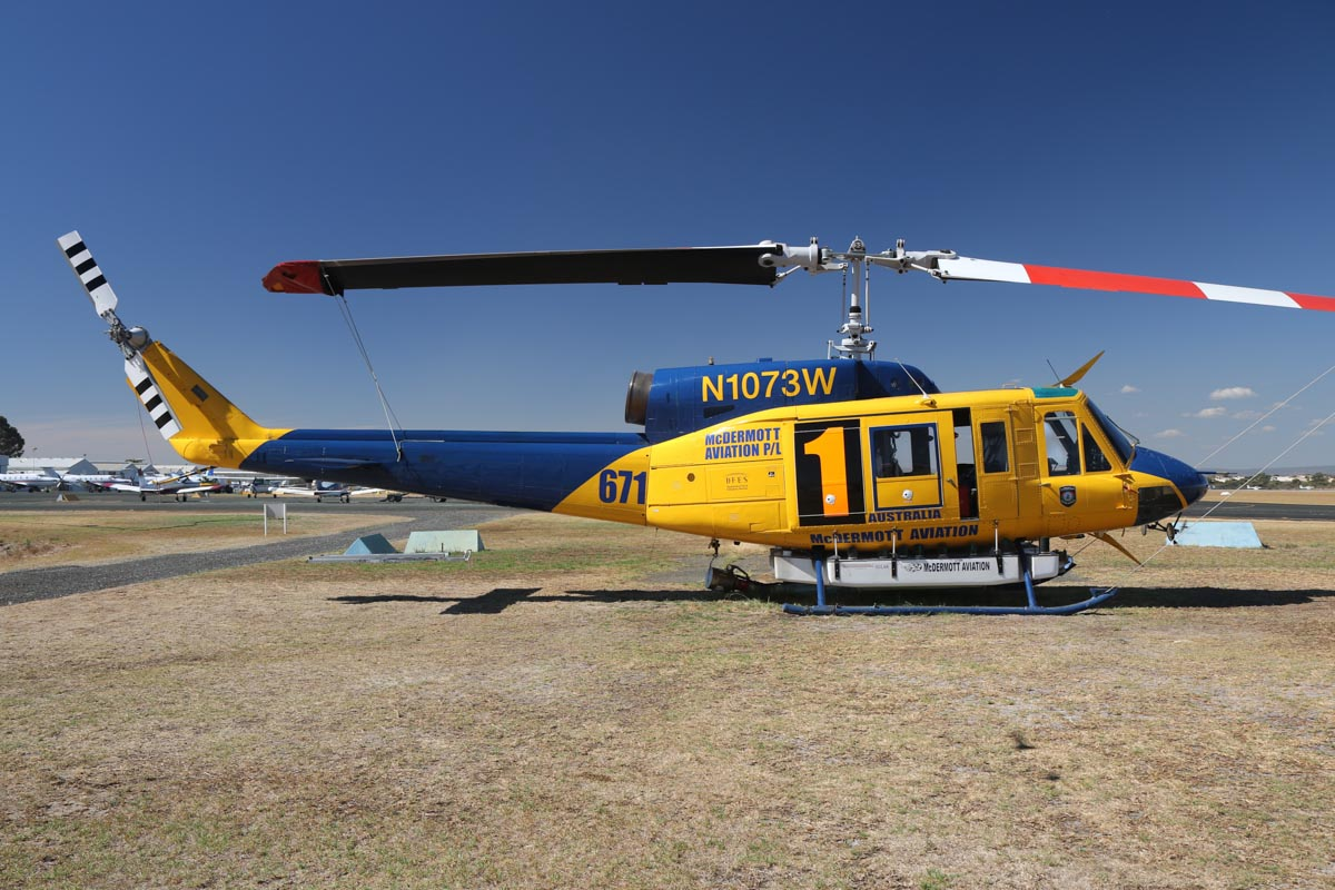 N1073W / HELITAK671 / 1 Bell 214B-1 BigLifter (MSN 28012) of McDermott Aviation, operated for the Department of Fire and Emergency Services, at Jandakot Airport – Mon 17 March 2014. Photo © David Eyre