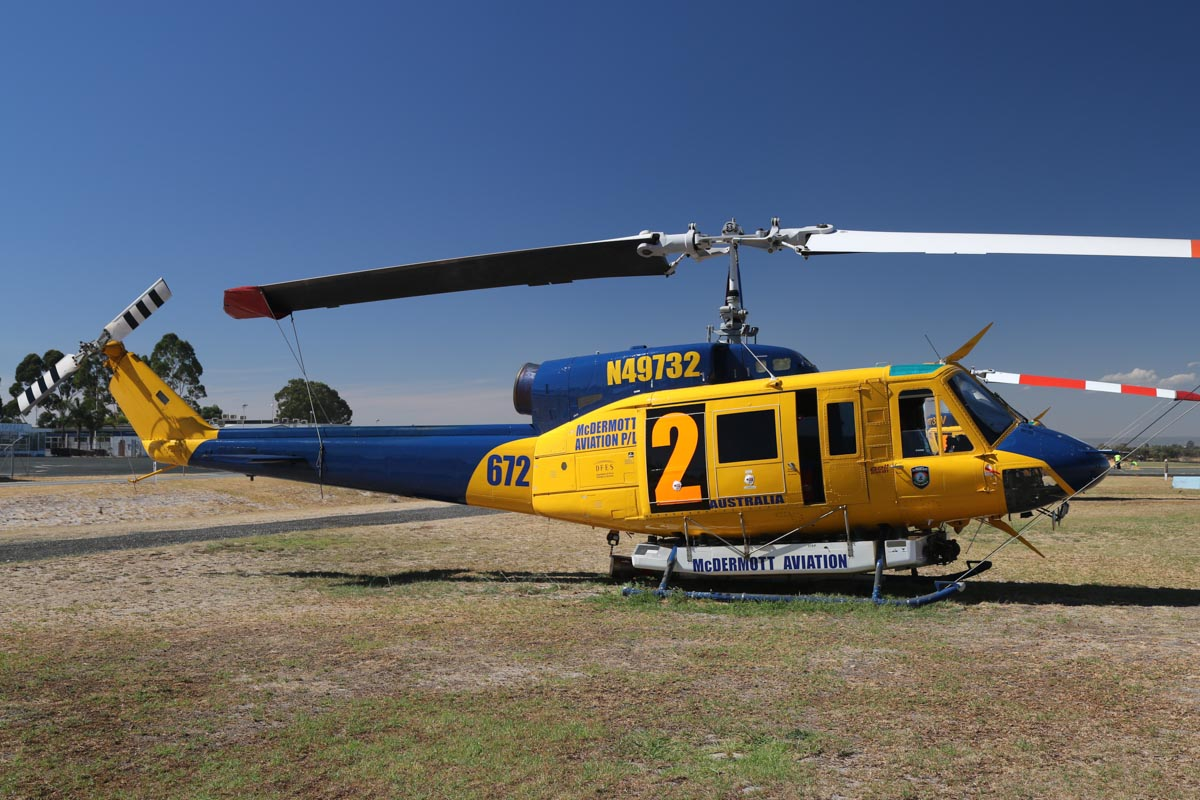 N49732 / HELITAK672 / 2 Bell 214B1 BigLifter (MSN 28005) of McDermott Aviation, operated for Department of Fire and Emergency Services, at Jandakot Airport – Mon 17 March 2014. Photo © David Eyre