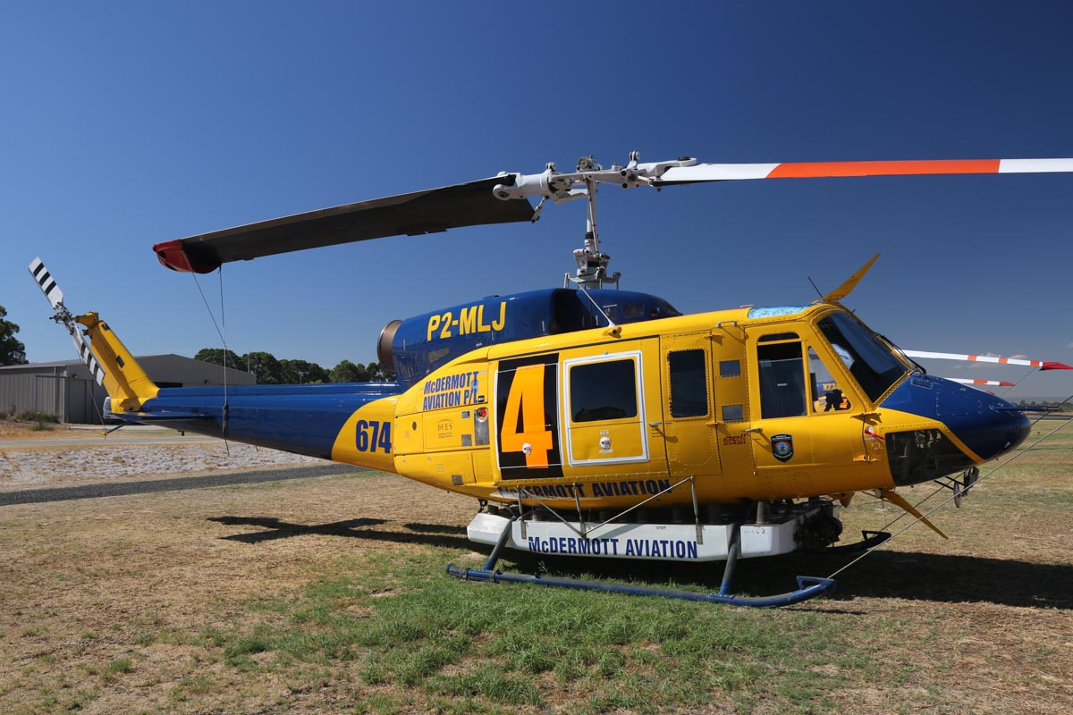 P2-MLJ / HELITAK674 / 4 Bell 214B1 BigLifter (MSN 28066) owned by McDermott Aviation, operated for the Department of Fire and Emergency Services, at Jandakot Airport – Mon 17 March 2014. Photo © David Eyre