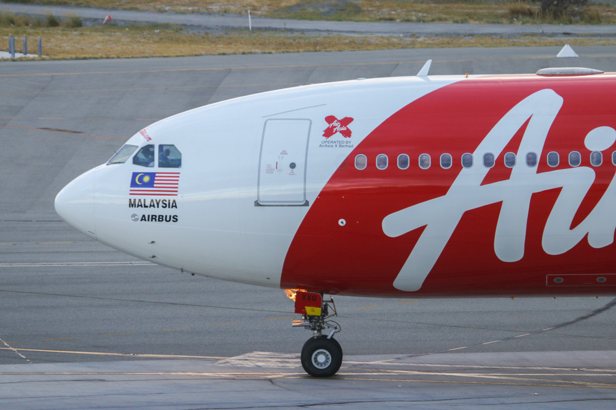 9M-XXQ Airbus A330-343X (MSN 716) of AirAsia X, at Perth Airport - Fri 21 March 2014. Photo © David Eyre