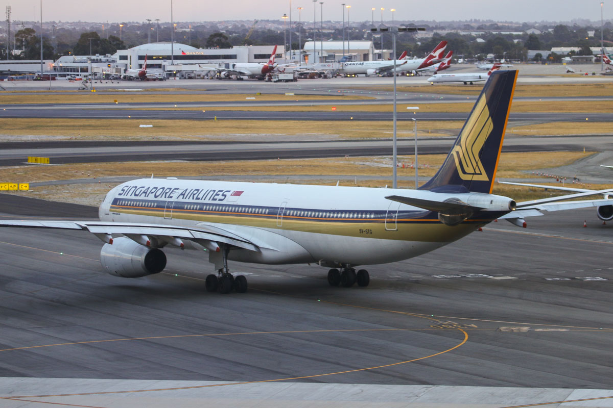 9V-STG Airbus A330-343X (MSN 1012) of Singapore Airlines at Perth Airport - Fri 21 March 2014. Photo © David Eyre